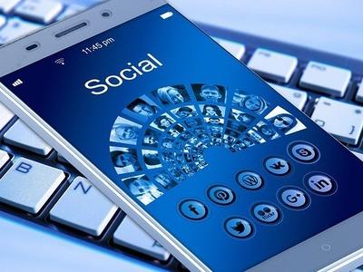 Social Media WiFi Hot Spots